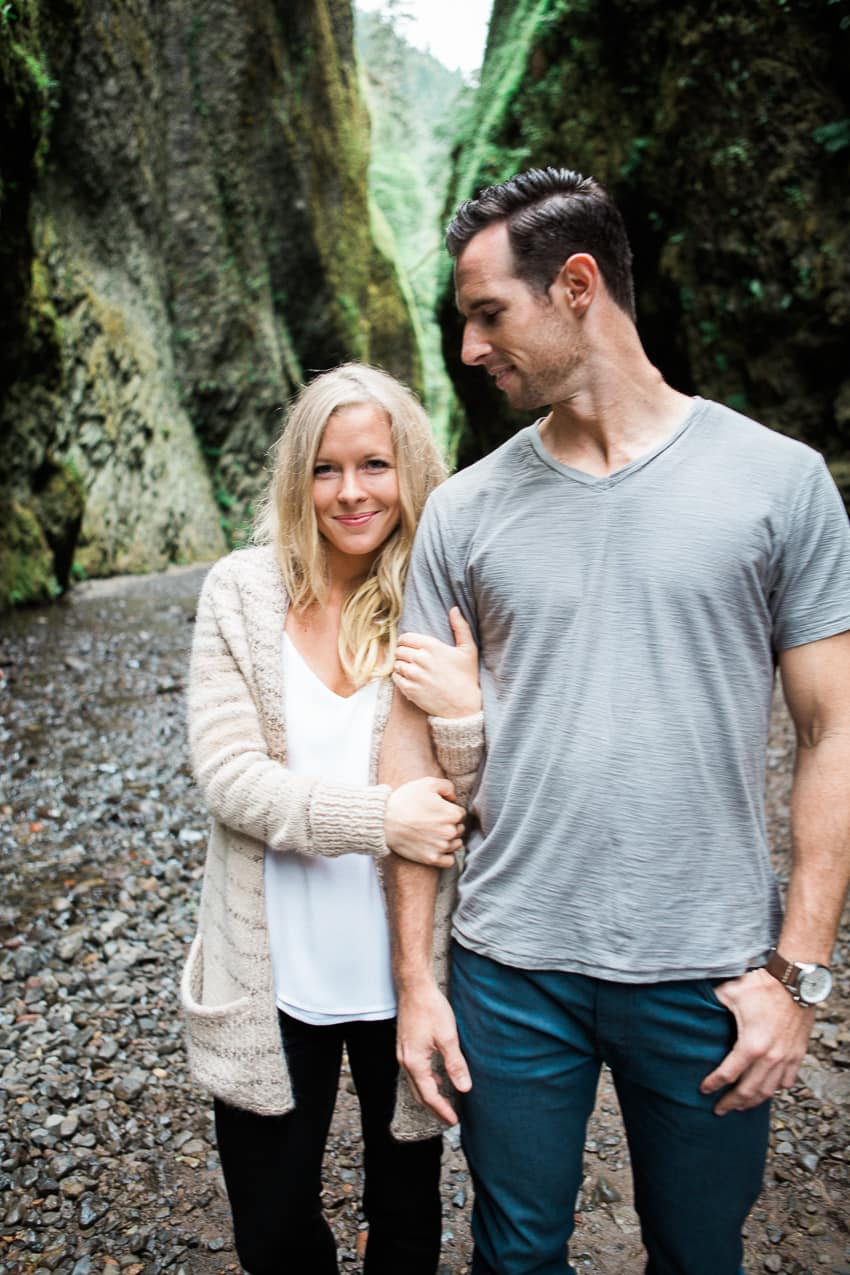 Hood River Columbia Gorge Engagement Photography Cayly and Ryan