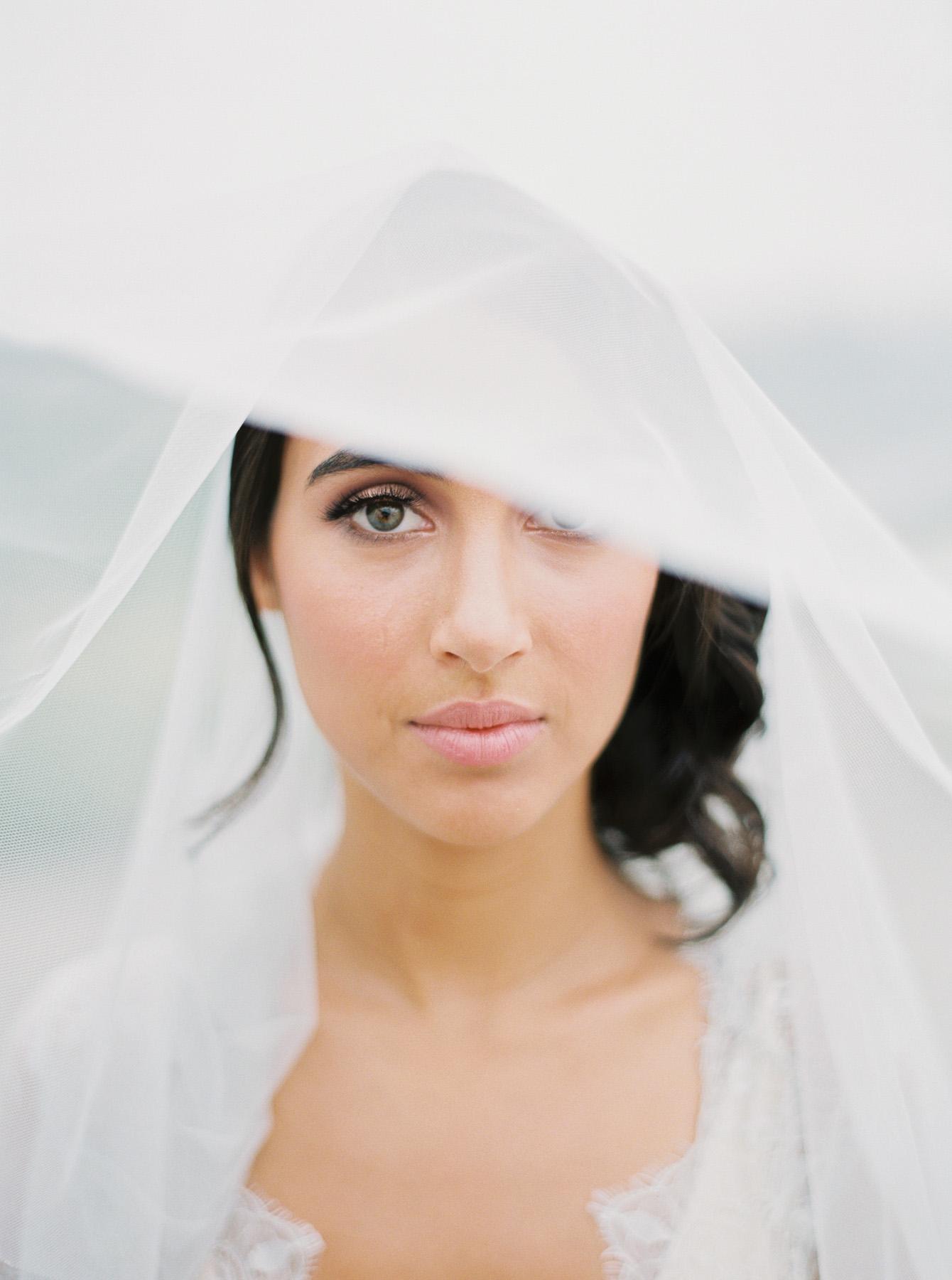 Carlos-Hernandez-Fine-Art-Film-Wedding-Editorial-Photography-Portland-Oregon-Monet-Vineyards-French-France-038