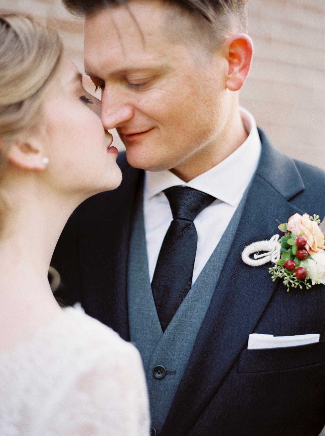 Carlos-Hernandez-Fine-Art-Film-Wedding-Photography-Edenton-North-Carolina-NC-Cotton-Gin-Inn-007