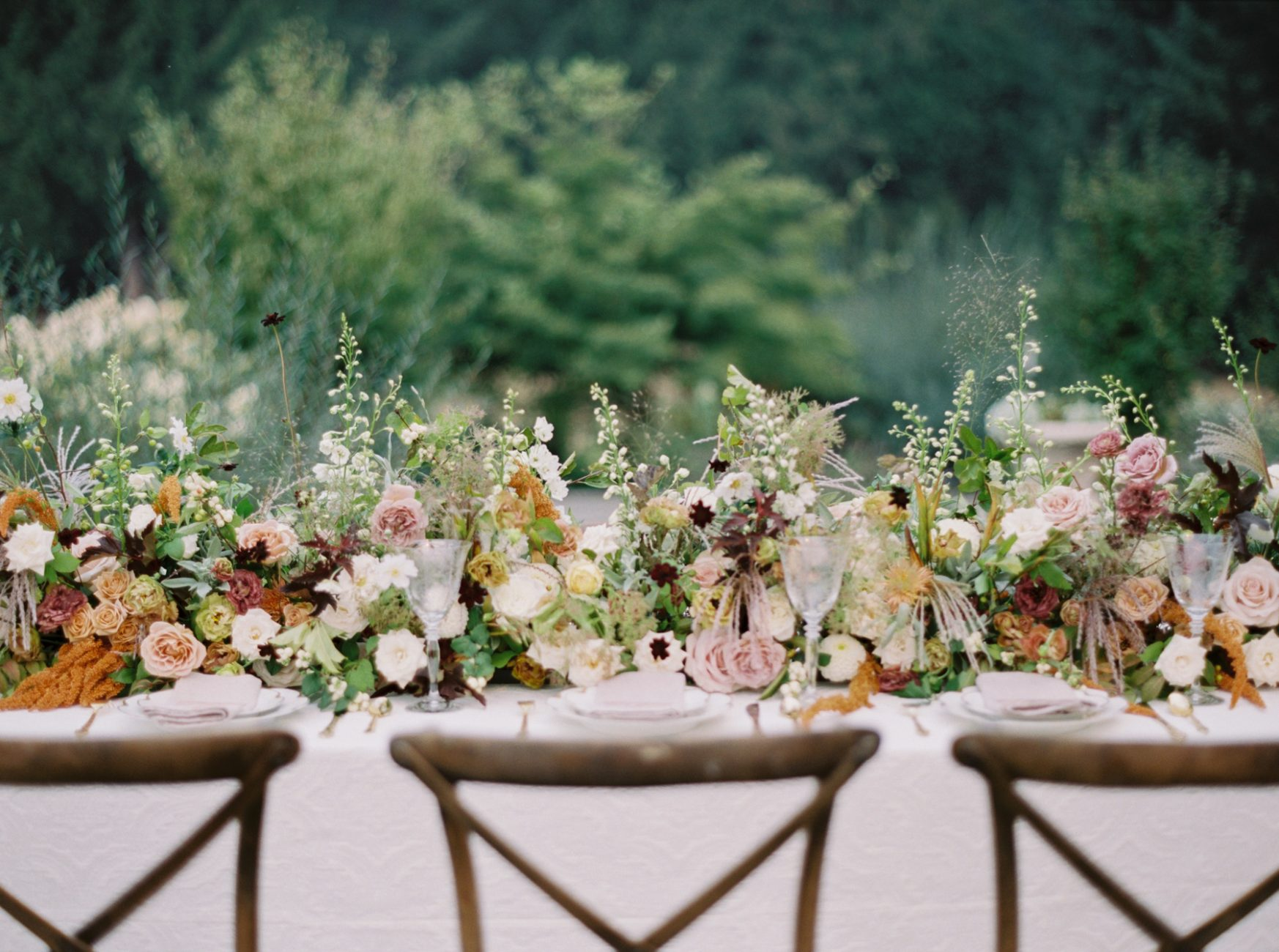 Carlos-Hernandez-Photography-Portland-Oregon-Wedding-Photographer-French-Monet-Vineyard-011