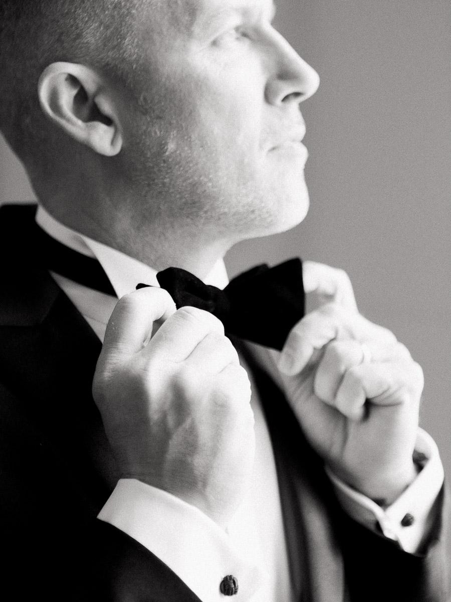 Carlos-Hernandez-Wedding-Film-Photographer-Spring-Wedding-Sentinel-Hotel-Portland-Oregon-024